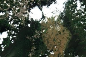 Floods near Villahermosa, Mexico, on 8 November 2020. Image: European Union, contains modified Copernicus Sentinel data 2020, processed with EO Browser.