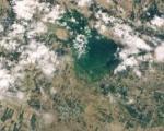 Inondations en Ouzbékistan et au Kazakhstan suite à la rupture d'un barrage en avril 2020. Image: NASA.