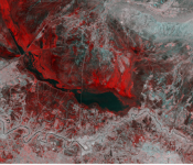The Copernicus Sentinel-1 image combines two acquisitions over the same area of eastern Iraq, one from 14 November 2018 before heavy rains fell and one from 26 November 2018 after the storms.