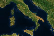 Italy cloudless - seen from space