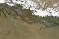 NASA's Aqua satellite captured an image of smoke and fires (2012)