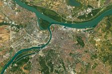 Increasing Resilience through Earth Observation