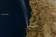 Satellite picture of fire in Valparaiso (Image: NASA)
