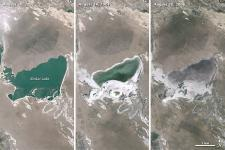 Xinkai Lake on the Mongolian Plateau in 2001,2004 and 2006 (Image: NASA)
