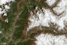 Volunteers are mapping earthquake-inducted landslides in Nepal (Image: NASA)