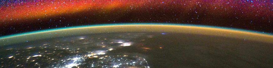 Upper atmospheric airglow. Image: NASA.
